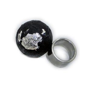 Anillo Molecola en acero, papel, plata y piedras semipreciosas - Colección Don't Wash - Giovanna Bittante Design
