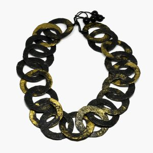 Collar Anelli di Saturno en papel y ónix - Colección Don't Wash - Giovanna Bittante Design