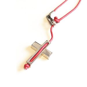 Collar Croce Un-Ro en plata y cordón encerado rojo - Collezione Giovesol uomo e donna - Giovanna Bittante Design