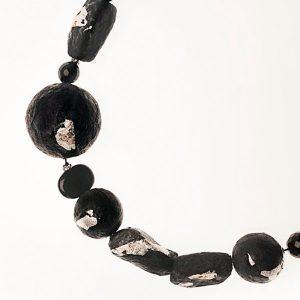 Collar Notte d'Inverno en papel, plata, piedras semipreciosas - Colección Don't Wash - Giovanna Bittante Design